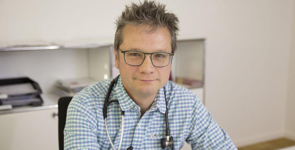 Dr. Alexander Stadelmann